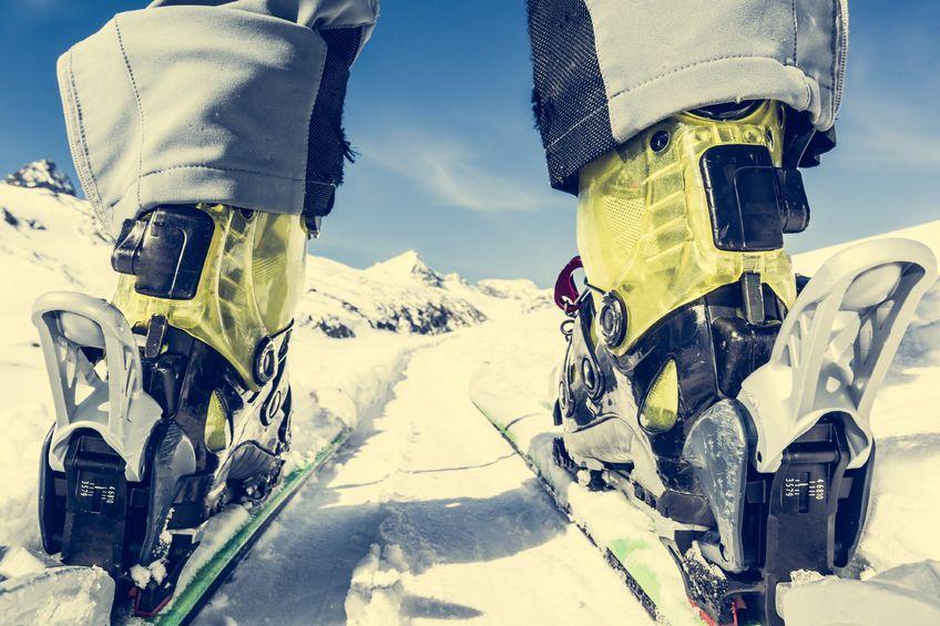 Как правильно выбрать горные лыжи и ботинки